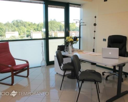 Ufficio in condivisione a sal brescia ufficio temporaneo for Uffici temporanei