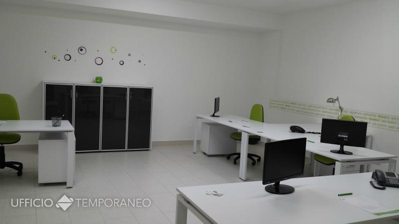 Pompei napoli stanza in condivisione ufficio temporaneo for Uffici temporanei
