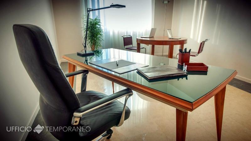 Ufficio A Verona : Uffici condiviso arredato verona centro u ufficio temporaneo