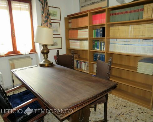 Uffici temporanei arredati a civitavecchia roma uffici for Sedie studio legale