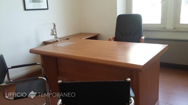 Scrivania Ufficio Roma : Uffici arredati temporanei roma marconi ostiense u ufficio temporaneo