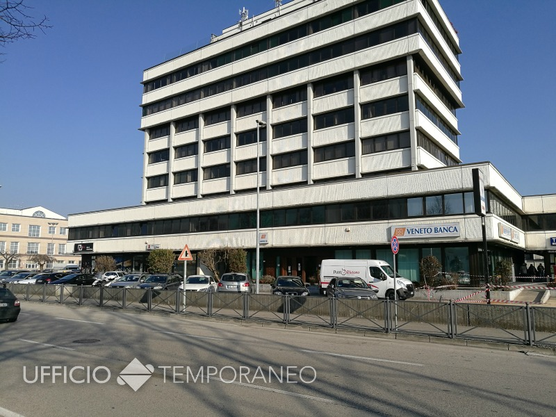 Ufficio Zona Industriale Padova : Affitto sala riunioni padova a tempo. sala 12 posti per corsi